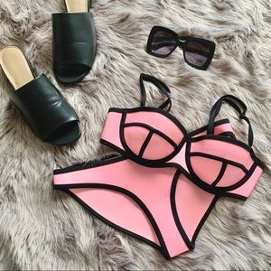 TRIANGL | 'Milly' Neoprene Bikini Set Candy Pink